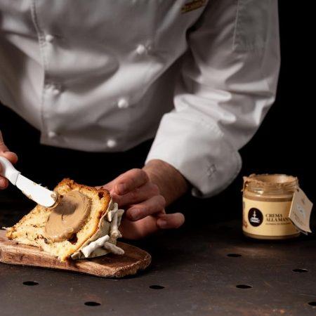 crema di manna con panettone